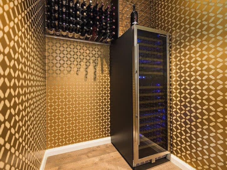 Internal Silicone Wine Cellar